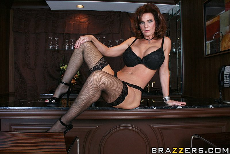 Big Tit MILF Deauxma Thirsty for COCKtail